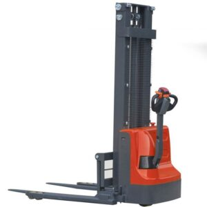 0009580 fully powered straddle stackers 870